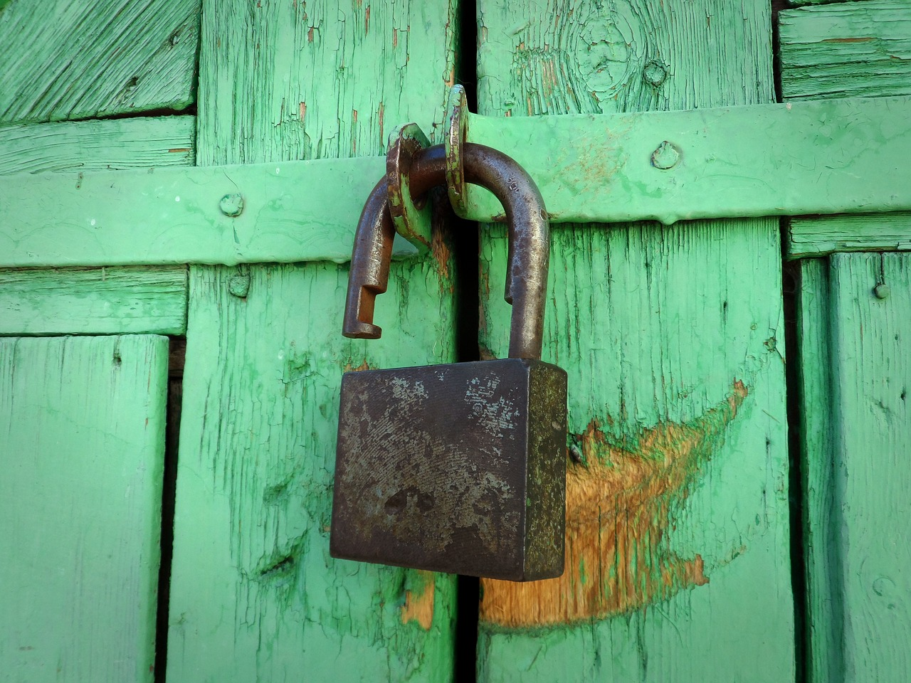 さくら(ロリポップは既に最近)のレンタルサーバーが独自ドメイン無料SSL化対応したとの事でやってみた!